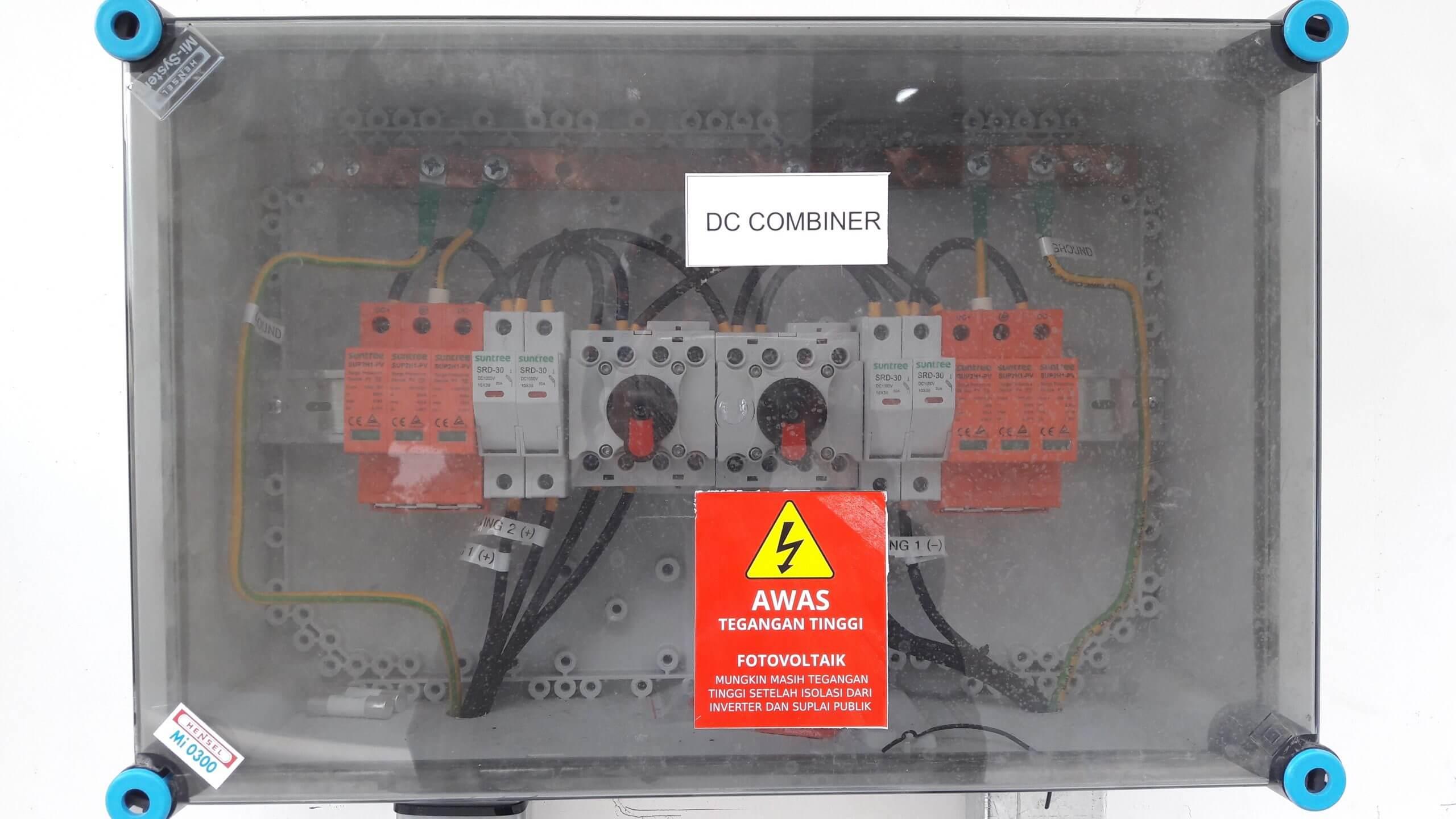 Paket DC combiner